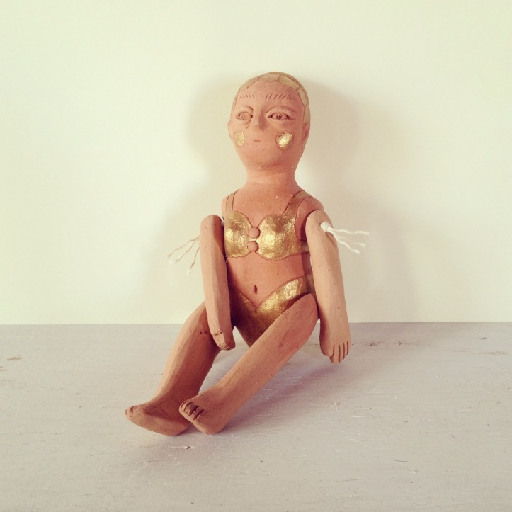 Fanel Reyes Ceramics muñeca dos